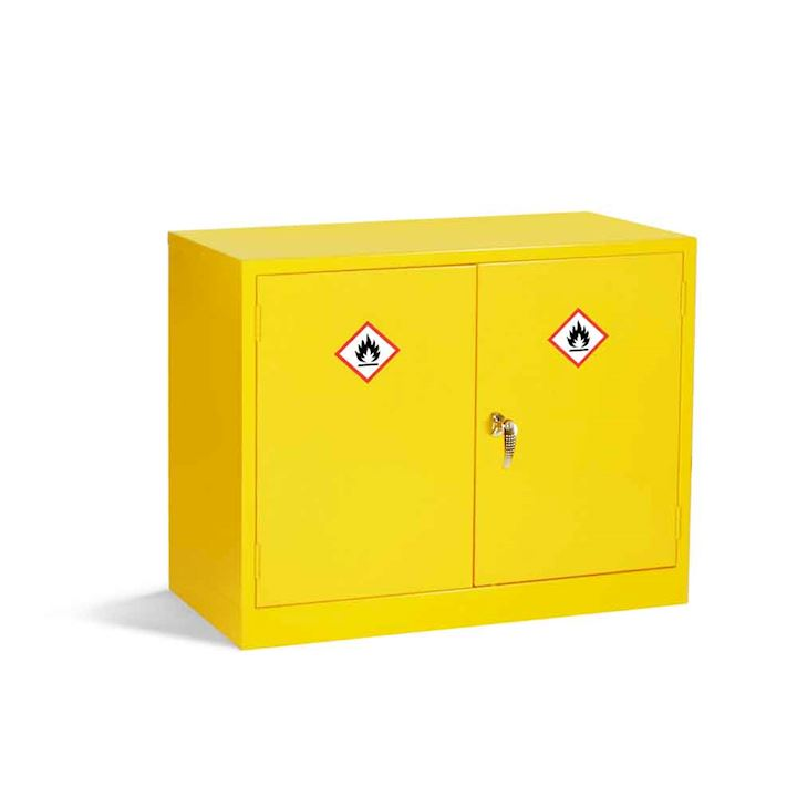 Low Hazardous Substance Cabinet 710H x 915W x 457D by Elite